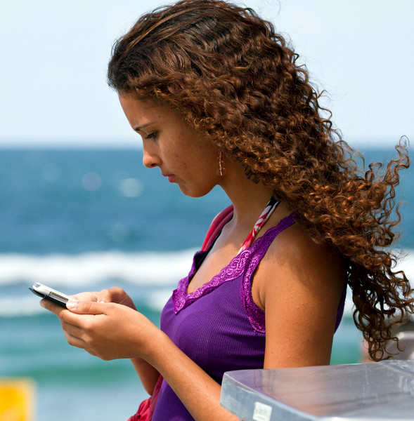 Texting - Surfers Paradise Queensland