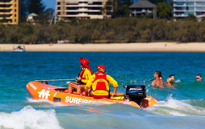 Surf rescue Mooloolaba