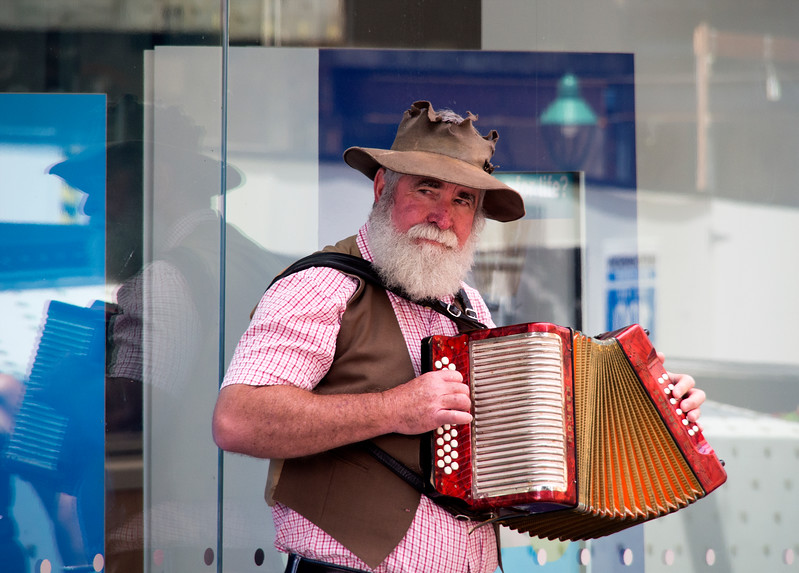 Country Busker
