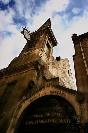 """School at """"ile Saint-Louis"""", Paris, France."""