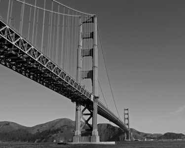 golden gate bridge (b+w), 2009