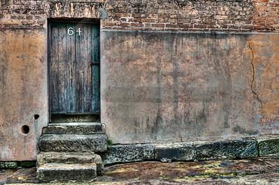 AUAR0020  Aging Doorway