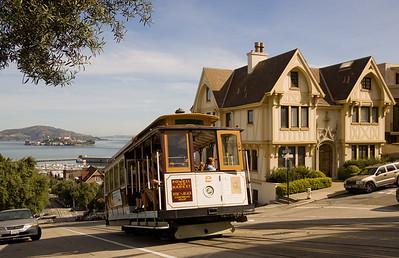 "Cable Car - im Hintergrund ""Alcatraz"""