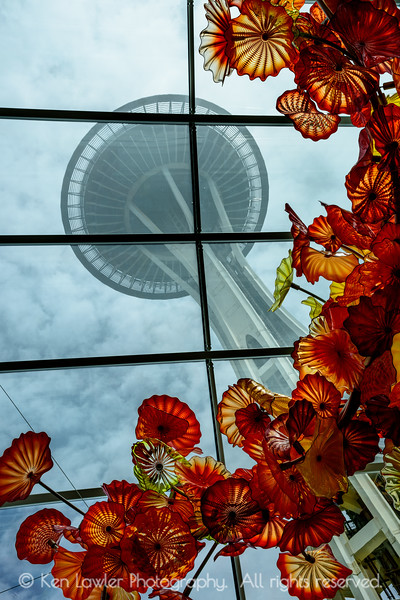 Space Needle and sculpture II