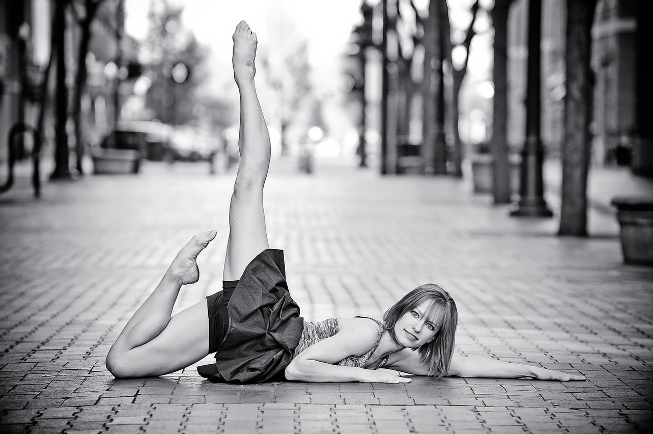 Portrait of Caitlin Stanley, urban ballerina  in downtown Boise. Photo by Mike Reid.