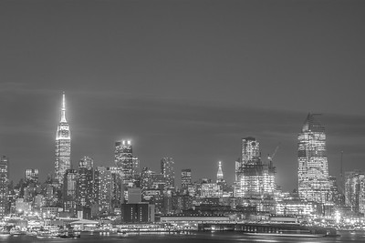 Midtown Black n White