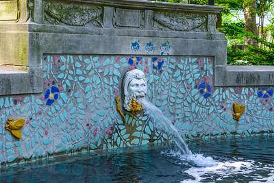 Rittenhouse Square fountain