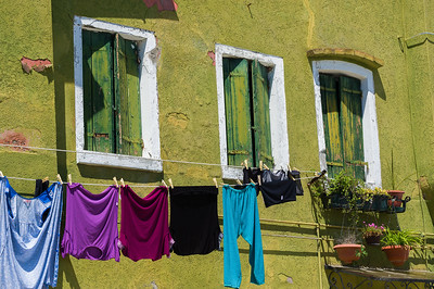 Burano in Venice-Clotheslines-Italian Villages