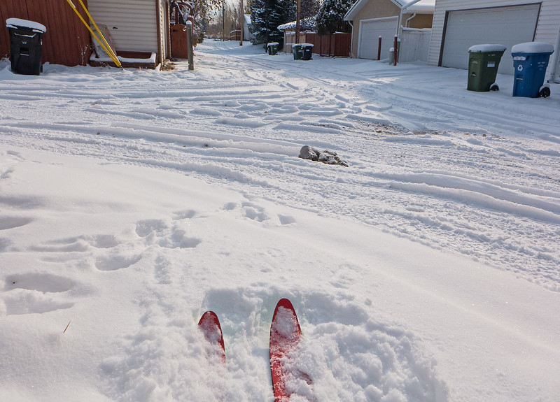 Back alley conditions report. As the ski resorts would say, packed powder!