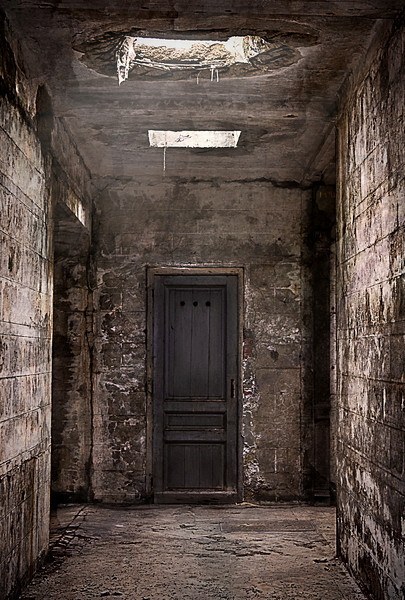 An abandoned crypt