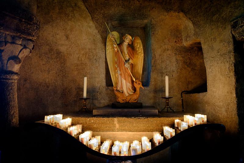 Le Puy en Velay, Haute-Loire : Eglise Saint-Michel.