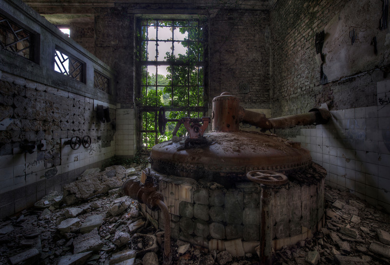 The Prohibition - Former beer brewery, abandoned for almost 50 years !