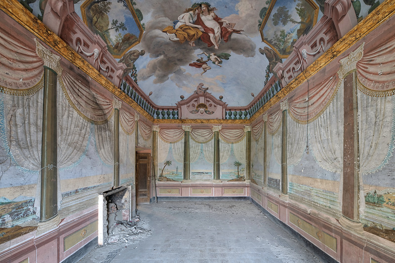 Pastel Pillars - One of several extremely decorated rooms in this forgotten villa.