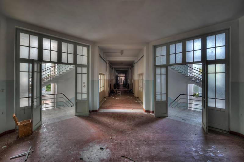 Trinity Ward - One of the many corridors in this abandoned hospital. A lot of stuff left behind from radiation machinery to complete surgery rooms.