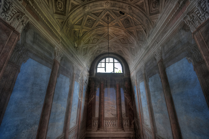 Heavenly - If the top of your staircase looks like this, why would you abandon your villa....