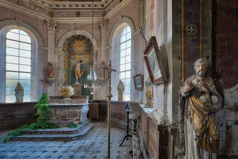 Green fountain - Abandoned church untouched by vandals.