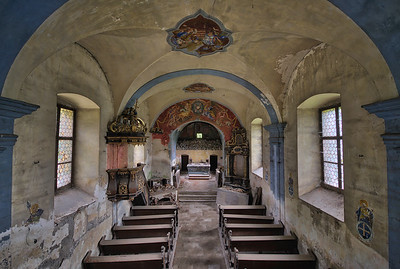 Red Messiah - Very well preserved abandoned church
