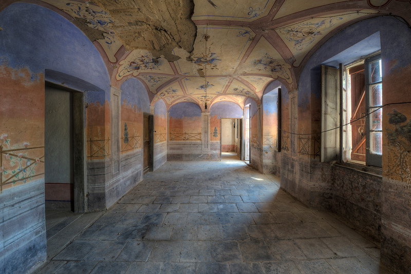 Just in Time - This abandoned villa is truly located in the middle of nowhere. A single windy road leads to a completely deserted town with in its center this villa. However there are signs this villa will be renovated and saved from collapse.