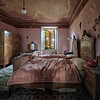Securi dormite - Bedroom in a big abandoned villa.