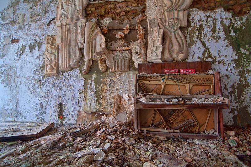Forgotten Piano inside the Pripyat hospital - Chernobyl Exclusion zone