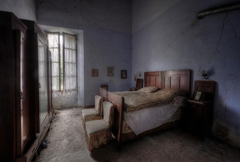 Lucid Dreams - Forgotten bedroom in a heavily decayed villa