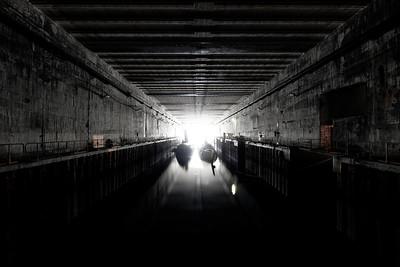 les vieux sous-marins Le Bévéziers et La Praya restent discrets