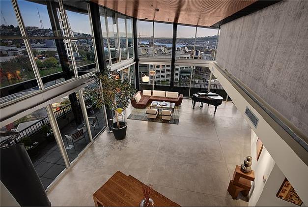 ph2-living_room_upstairs