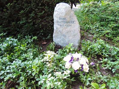 Felsen Urnengrab