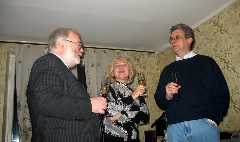 John, Larissa & Rustem. New Year's at Dasha & Volodya's. (12.30.07)