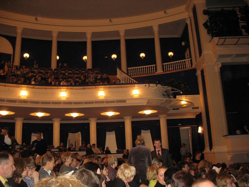 Theater crowd before the start of La Boheme. (1.5.10)