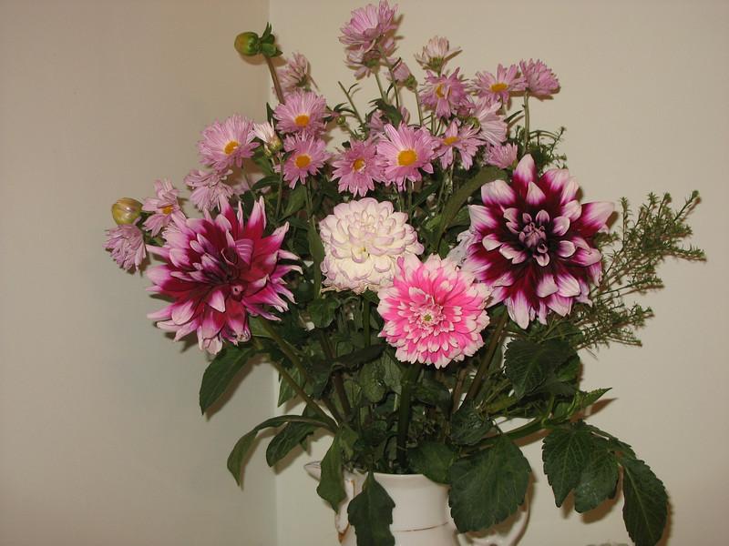 Garden flowers (2007)