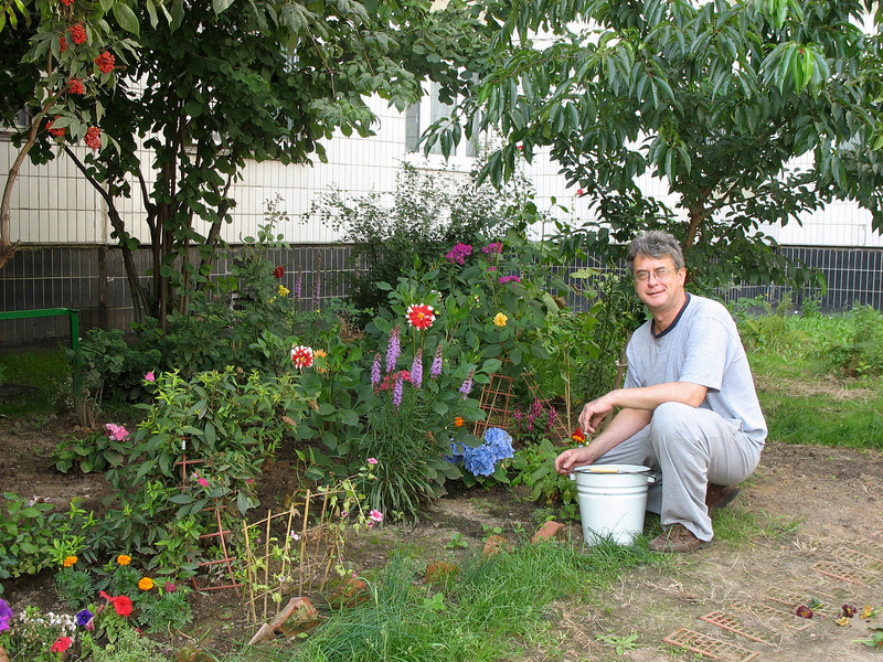 Gardening (2008)