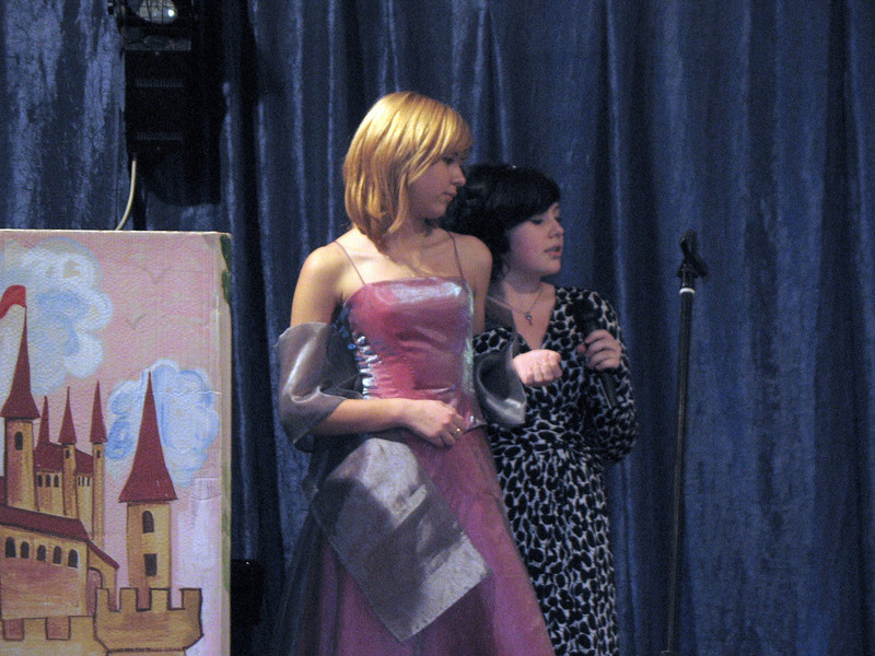 Kate as Cinderella with Nastiya as the mean step-mother. (12.2008)