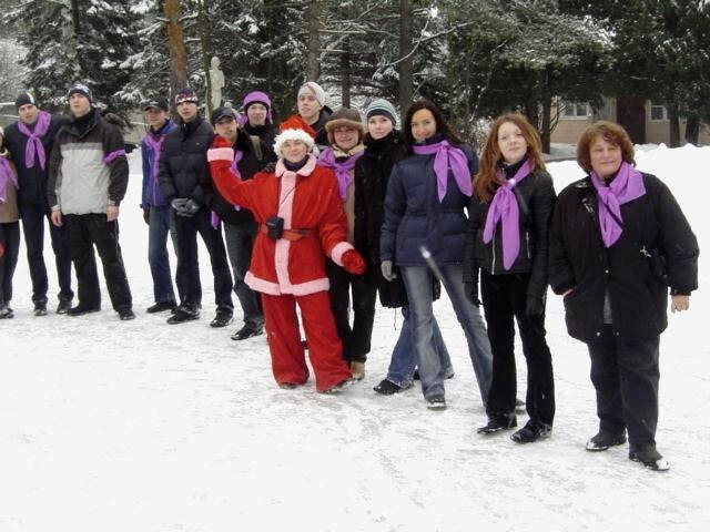 """TVIN's 2005 New Year's celebration was an outdoor """"team building"""" event. Divided into teams, I was the captain of the purple team."""