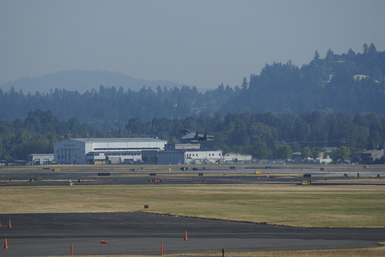 F16 taking off
