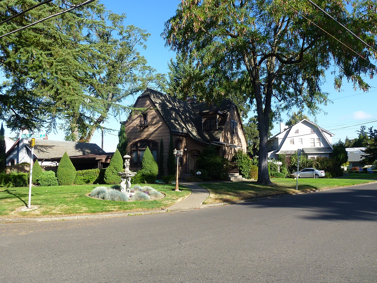 House in Roseburg,CA