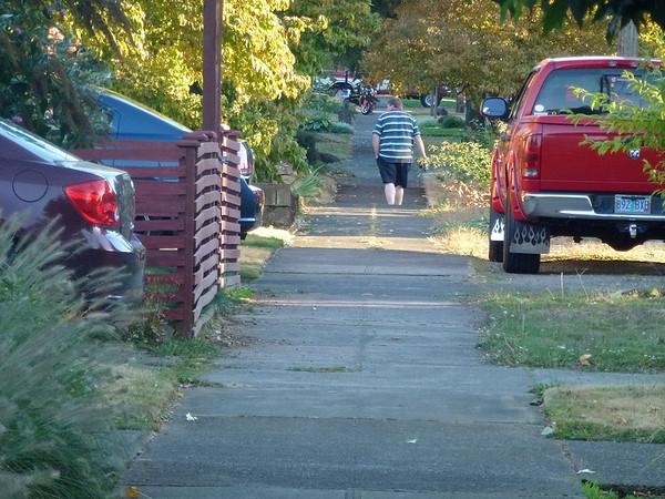 Evening walk around a few  blocks in Portland,Oregon