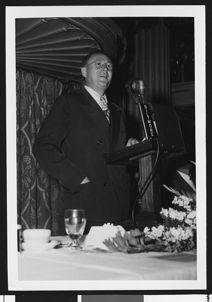 University of Southern California football coach Jeff Cravath making a speech at the Biltmore Hotel, Los Angeles, circa mid-1940s.