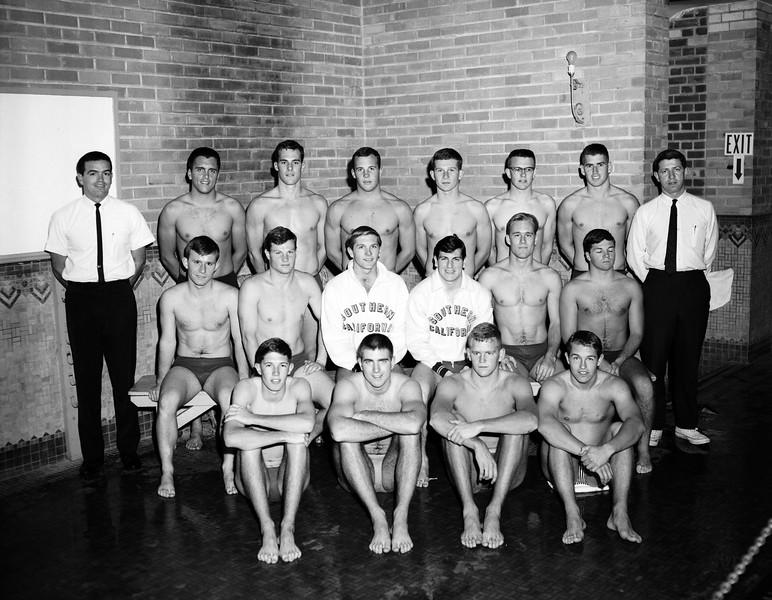 uaic-SwimTeam1964