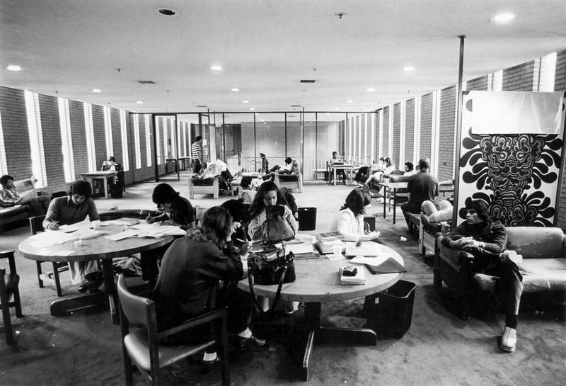 uaic-kinseyloungevkc1970s