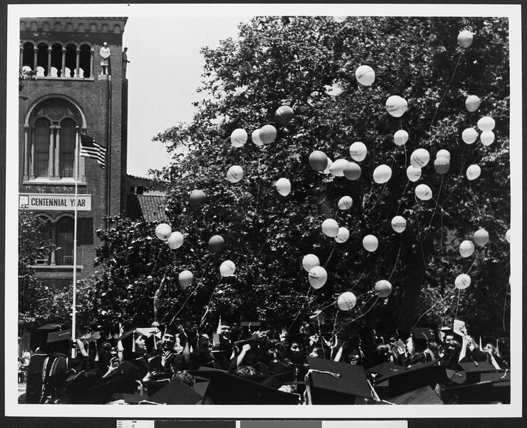 University of Southern California Commencement balloon release, 1980