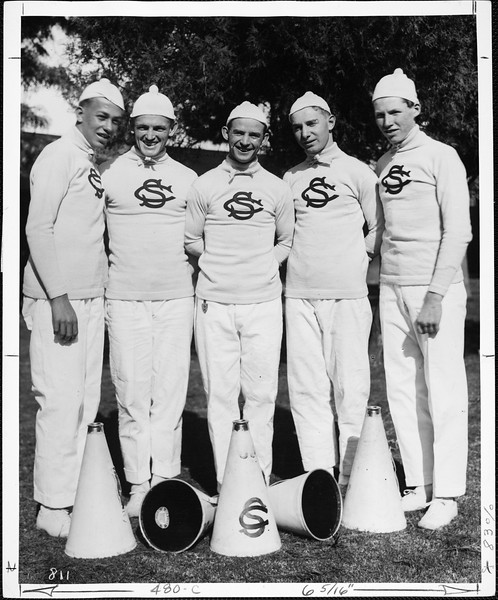 USC Yell leaders, 1917