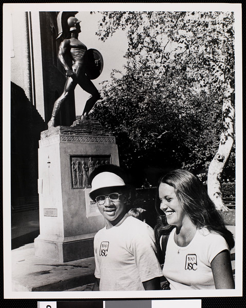 Freshmen John Butler and Elizabeth Nutt wearing Class of the Century T-shirts, USC, 1977