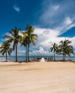 USEPPA Palms beach dock vert 1