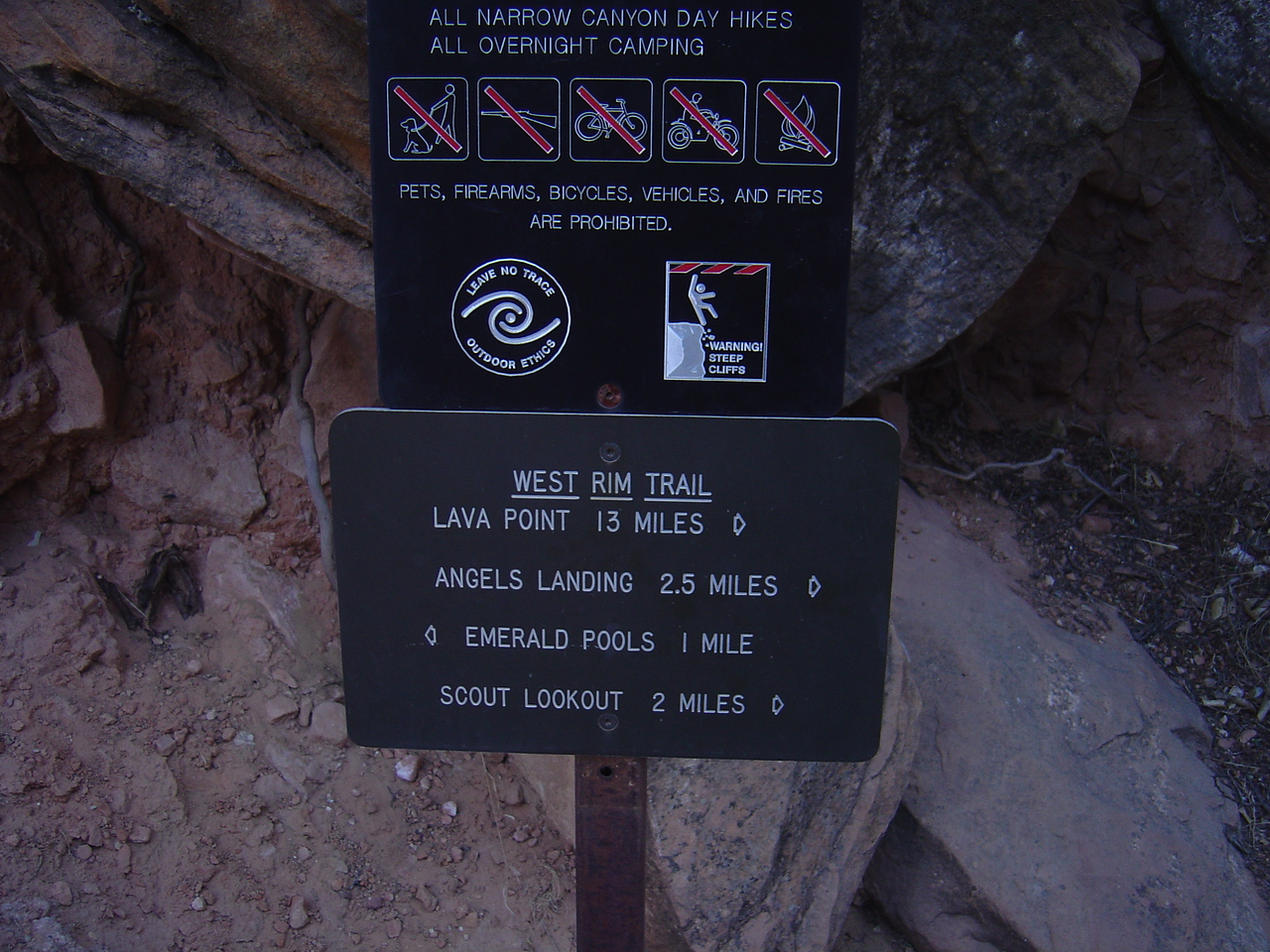 Angels landing sign