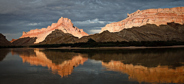 Spanish Bottom sunset  panorama Colorado River, Canyonlands, Utah