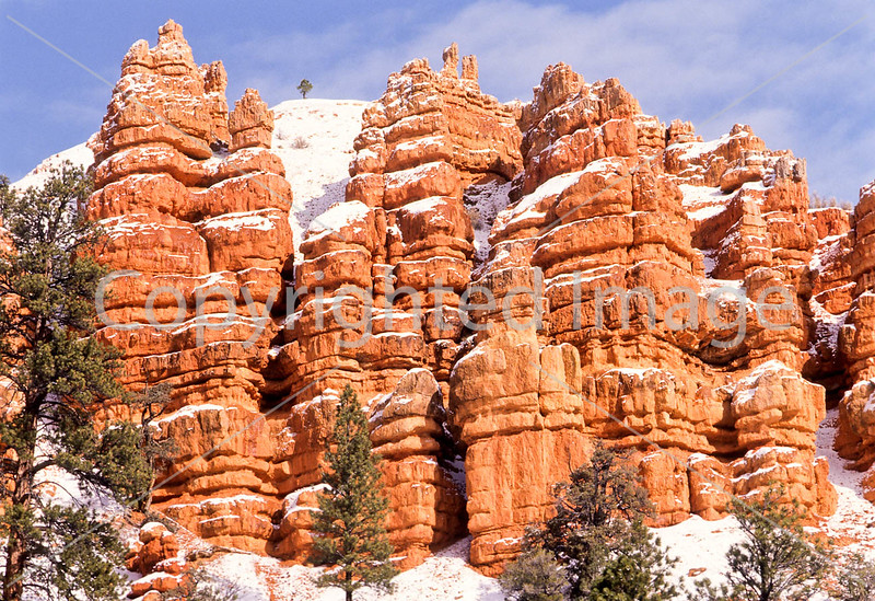 Scenery in Utah's Red Canyon near Bryce Canyon Nat'l Park - 16 - 72 ppi