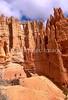 HI ut bryce 24 - ORps - jpeg - Hikers in Utah's Bryce Canyon National Park