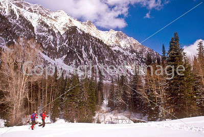 SN ut wstc 12 - ORps - Snowshoers in Utah's Wasatch Mountains, up Little Cottonwood Canyon near Salt Lake City - 72 ppi