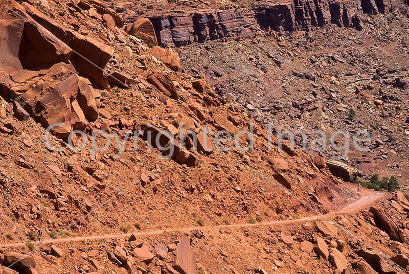 Mountain biker(s) on White Rim Trail - 211 - 72 ppi